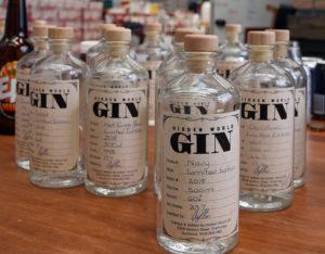 Navy Gin